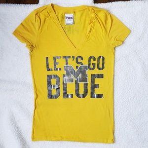 PINK University of Michigan T-Shirt Size Small